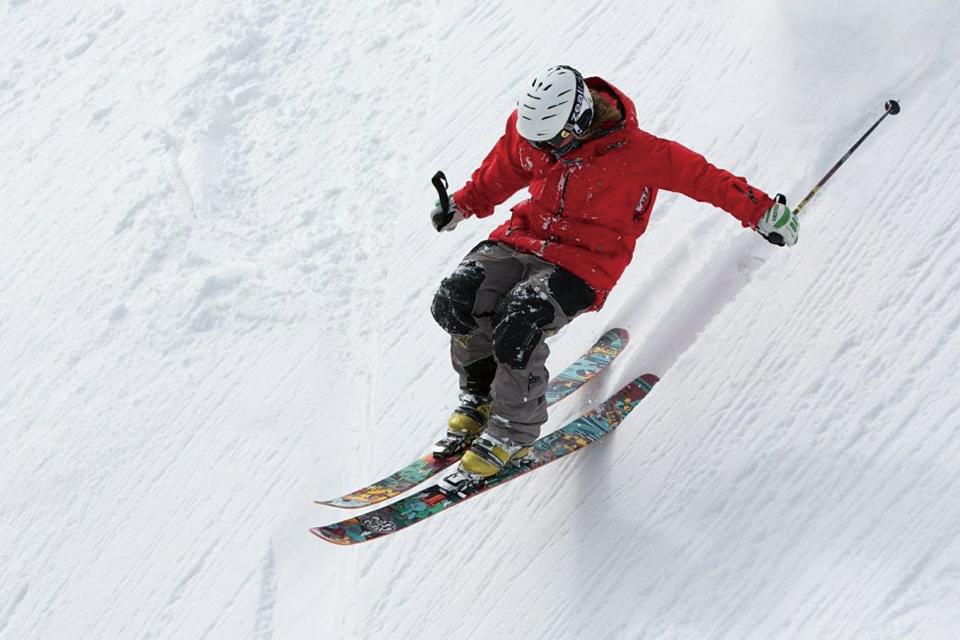 スキー時の保険|思いっきり楽しむためのしっかりとした備えを!