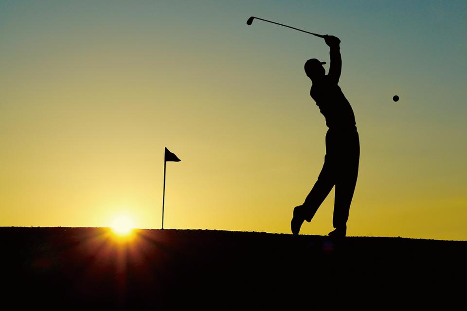 ゴルフで使える保険を徹底解説|万が一への備えで安心してプレーできる!