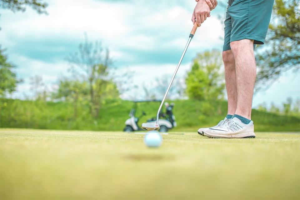 ゴルフに必要な持ち物・準備するべき物|初心者ゴルファー必見!